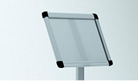 Рекламная стойка из сlick clack профиля